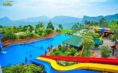 Kolam Berenang Villa Khayangan